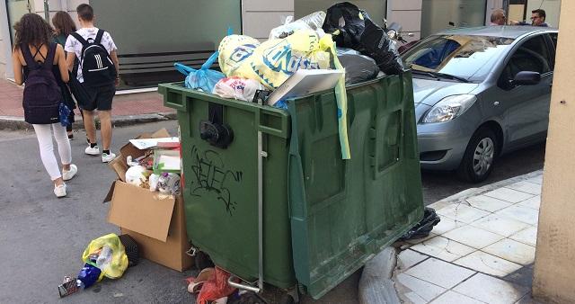Επιχείρηση καθαριότητα στον Βόλο με τη λήξη της απεργίας