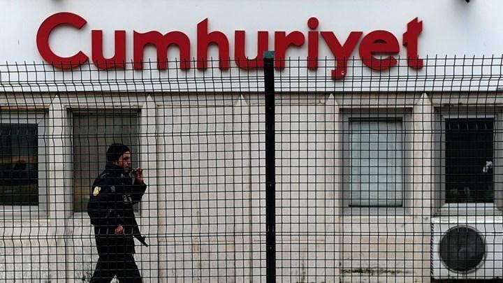 Αποφυλακίζεται ο τελευταίος εργαζόμενος της Cumhuriyet