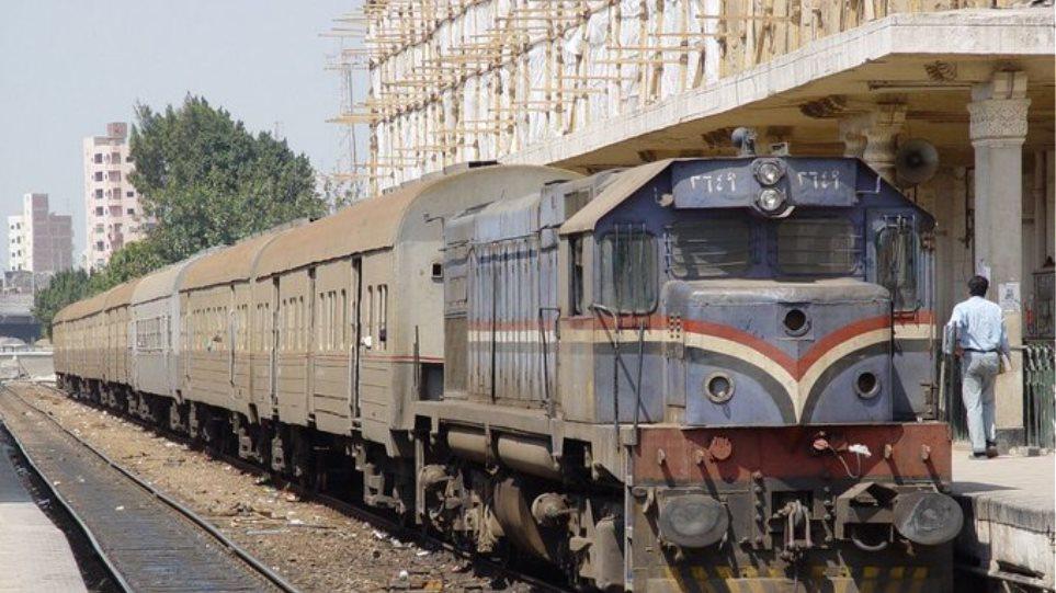 Νεκρός επιβάτης χωρίς εισιτήριο - Ελεγκτής τον κατέβασε από εν κινήσει τρένο