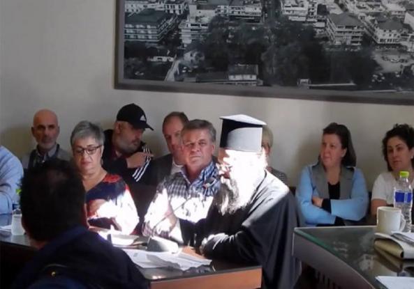 Ρατσιστικό παραλήρημα στη Σκύδρα από ιερέα κατά προσφύγων