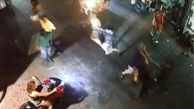 Μπράβος σε νυχτερινό κέντρο σκοτώνει με μια γροθιά θαμώνα & το δικαστήριο τον αθωώνει