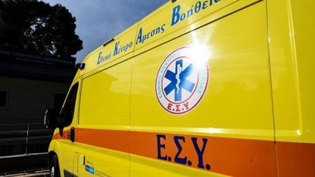Σε κρίσιμη κατάσταση άνδρας που έπεσε από μπαλκόνι πολυκατοικίας στη Λάρισα