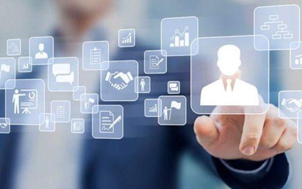 Διαδικτυακή σύνδεση 1.300 επιχειρήσεων
