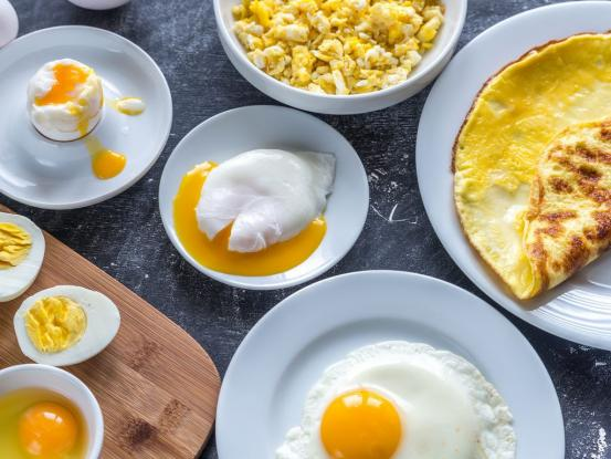 'Εβαλε στοίχημα τα 50 αυγά αλλά πέθανε τρώγοντας το 42ο
