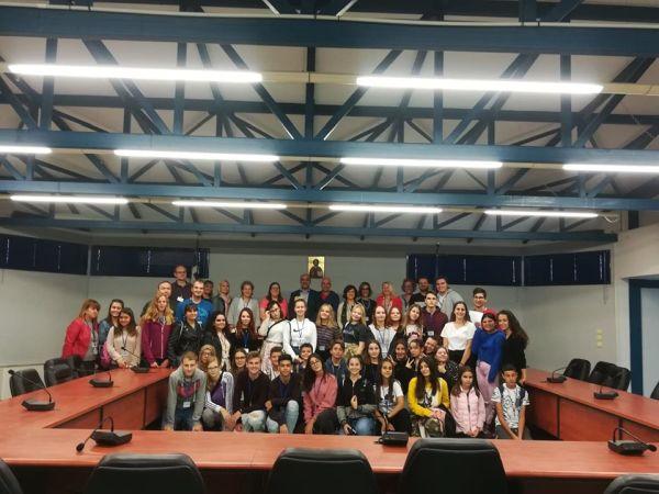 Στο Δημαρχείο Αλμυρού μαθητική συνάντηση εταίρων του Erasmus