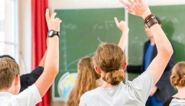2.000 μαθητές σε φροντιστήριο μέσα στο… σχολείο