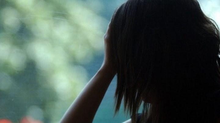 Βρετανία: Γυναίκα ασελγούσε σε ανήλικες σε απευθείας μετάδοση αντί αμοιβής