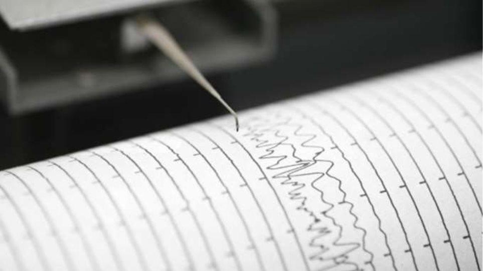 Σεισμός 5,3 Ρίχτερ ταρακούνησε την Ινδονησία