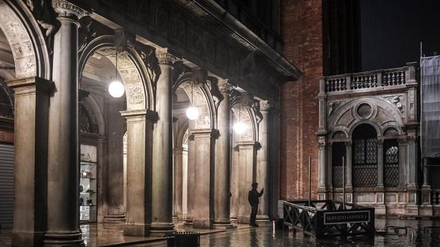 Κακοκαιρία στη Βενετία: Η χειρότερη πλημμυρίδα τα τελευταία 50 χρόνια -Ένας νεκρός