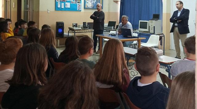 Ανακύκλωσαν ηλεκτρονικές συσκευές ενός τόνου μαθητές του Γυμνασίου Αγριάς