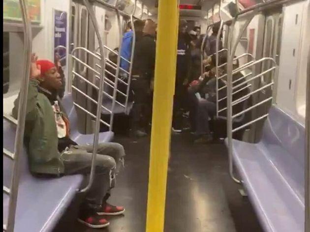Τι συμβαίνει όταν δεν πληρώνει κάποιος εισιτήριο στο μετρό της Νέας Υόρκης