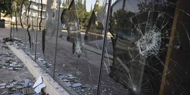 Γερμανία: Ο ιδιοκτήτης του εστιατορίου μετά την ρατσιστική επίθεση δώρισε το κατάστημα στους υπαλλήλους του