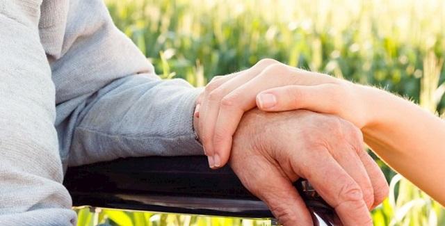 Συνδέονται τα Κέντρα Ημέρας της Alzheimer Βόλου με ΚΑΠΗ και ΚΗΦΗ του Δήμου Βόλου