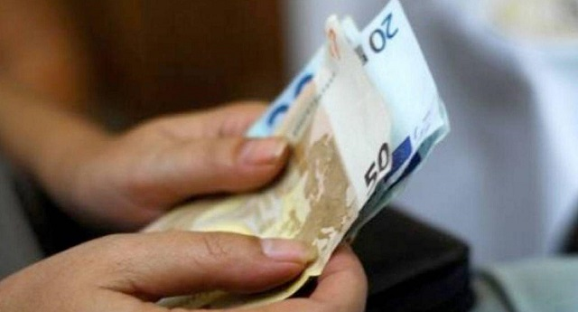 Συνταγματική κατοχύρωση του εγγυημένου εισοδήματος: Διπλασιάζεται ο αριθμός των δικαιούχων