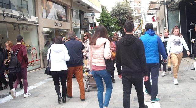 Κατάργηση των ενδιάμεσων εκπτώσεων ζητούν οι έμποροι της Θεσσαλίας