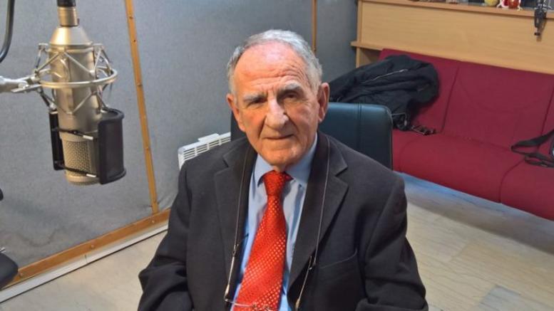 Τι απαντά ο 80χρονος πρώην διοικητής του ΓΝ Καρδίτσας για την αποπομπή του