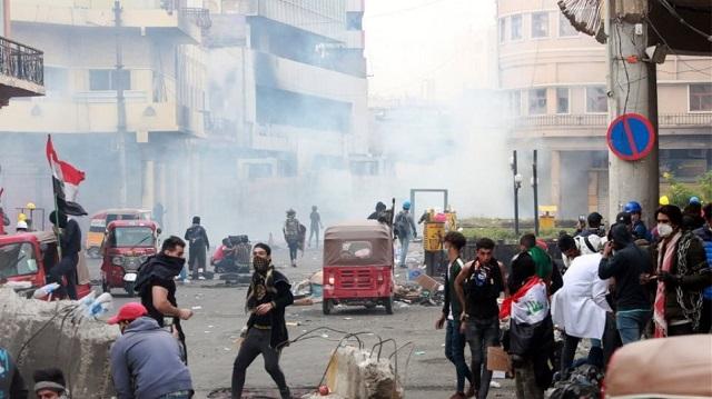 Βυθίζεται στο χάος το Ιράκ: Ξεπέρασαν τους 350 οι νεκροί στις διαδηλώσεις