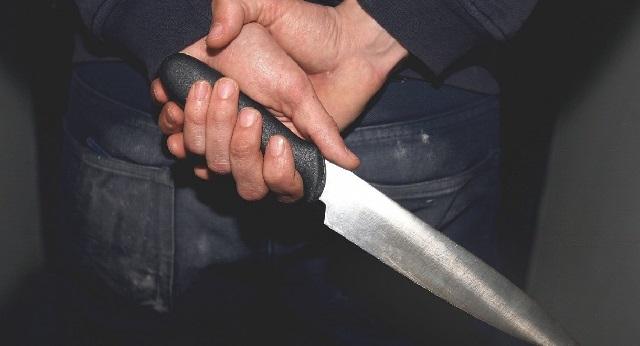34χρονος Βολιώτης απείλησε την εν διαστάσει σύζυγό του με μαχαίρι