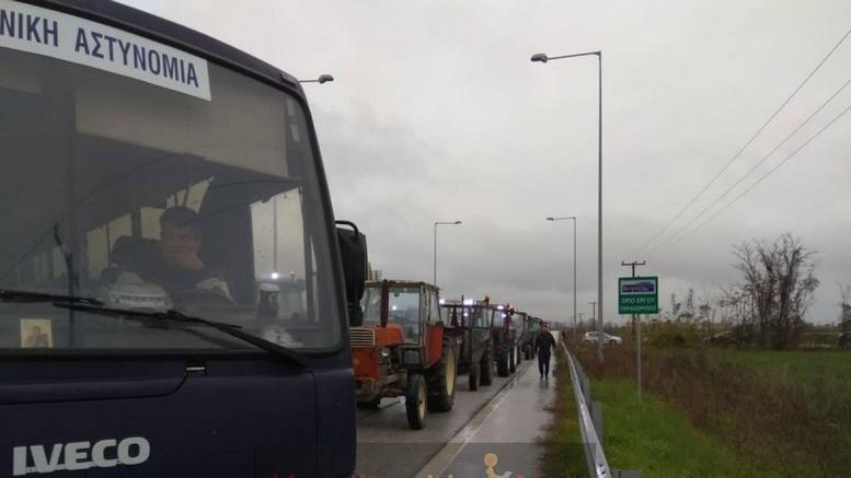 Καρδίτσα: Η Αστυνομία έβαλε... μπλόκο στο μπλόκο των αγροτών