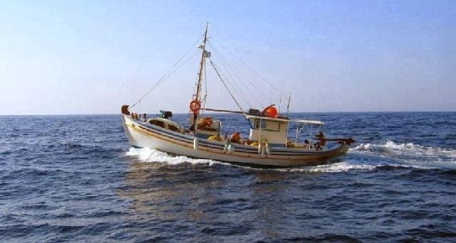 Ζητούν εξαίρεση από την επιβολή τέλους οι παράκτιοι αλιείς