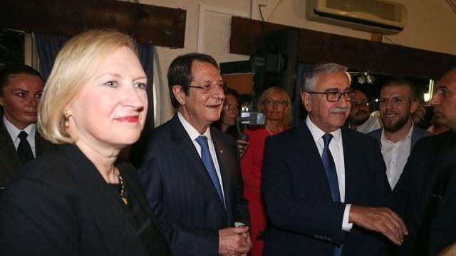 Κύπρος: Ο Αναστασιάδης ακύρωσε συμμετοχή του σε δείπνο της Αντιπροσώπου του ΟΗΕ