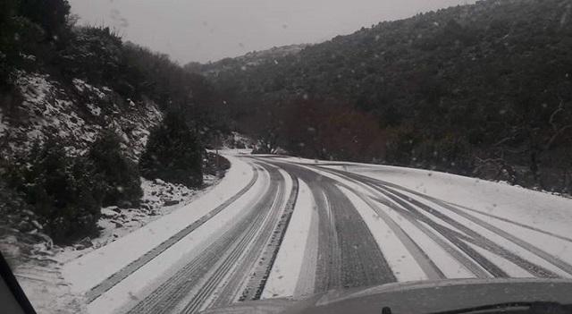 Χιονόπτωση στο Κεραμίδι– Πλημμύρισαν παρακάρλιες εκτάσεις