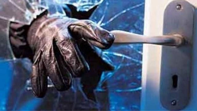 Φωκίδα: 15χρονος πούλησε κλοπιμαία σε επιχείρηση