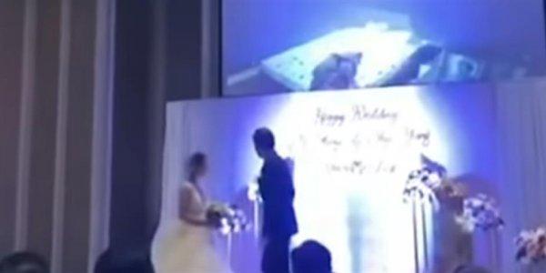 Χαμός σε γαμήλιο γλέντι: Γαμπρός έδειξε βίντεο με τη νύφη να τον απατά με τον κουνιάδο