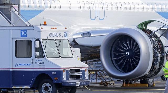 Πανικός στο αεροδρόμιο της Κωνσταντινούπολης: Ανώμαλη προσγείωση Boeing 737