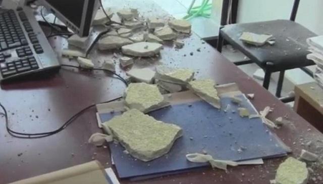 Στο νοσοκομείο εφοριακός από πτώση σοβάδων στην Εφορία Καρδίτσας