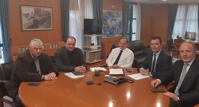 Συνάντηση στο Υπ. Υποδομών για τις επισκευές των δρόμων Αγίων Σαράντα, Παρίσαινας, Ανάληψης