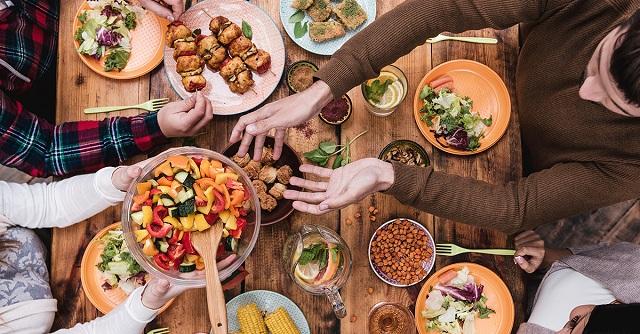 Αυξημένο ουρικό οξύ: Τι επιτρέπεται να τρώμε και τι απαγορεύεται