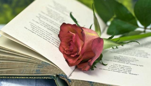 Μαθητές γιορτάζουν την Παγκόσμια Ημέρα Ελληνικής Γλώσσας