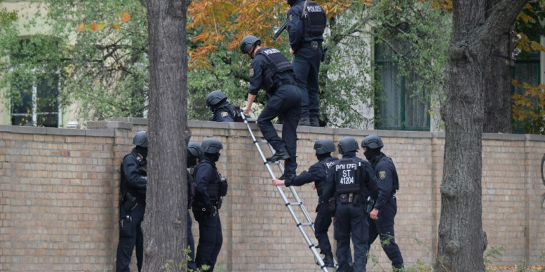 Συναγερμός στη Γερμανία: Πυροβολισμοί και επίθεση με μαχαίρι -Δύο τραυματίες
