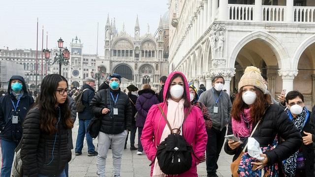 Κορονοϊός: «Πυρετός» από το ευρωπαϊκό ντόμινο κρουσμάτων λόγω Ιταλίας - Καθυστερεί το εμβόλιο