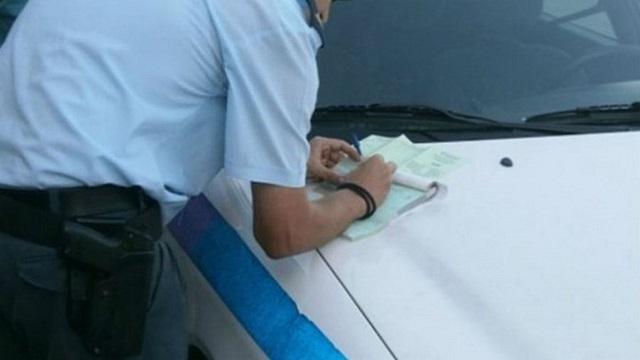 Επιστρέφονται πινακίδες, άδειες οδήγησης: Για ποιους ισχύει