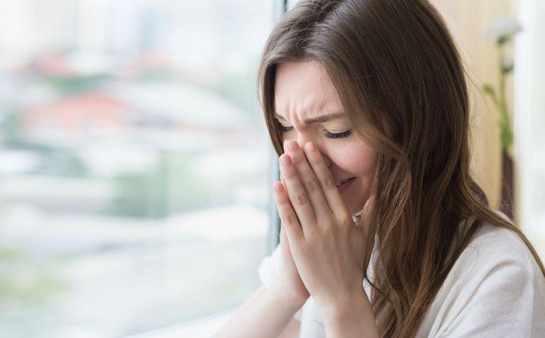 Αλλεργίες ή κοροναϊός; Αυτές είναι οι διαφορές