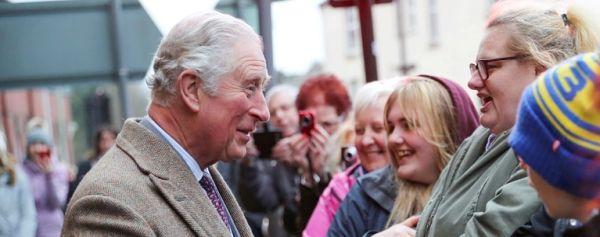 Θετικός στον κορονοϊό βρέθηκε ο Πρίγκιπας Κάρολος