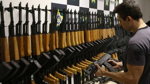 ΕΛ.ΑΣ.: Αλλαγές στις άδειες οπλοφορίας και κατοχής όπλων λόγω κορονοϊού