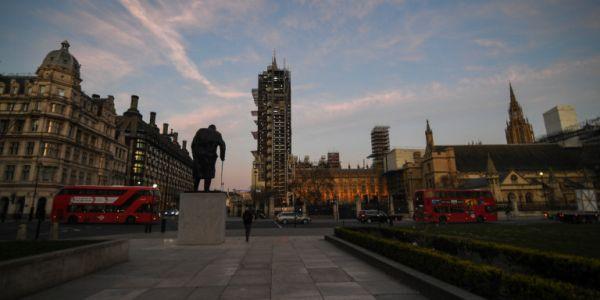 Βρετανία: Lockdown μέχρι τον Ιούνιο «βλέπει» ο ανώτερος σύμβουλος υγείας της κυβέρνησης Τζόνσον