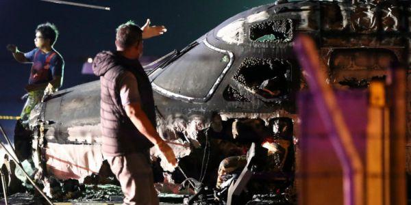 Φιλιππίνες: 8 άνθρωποι σκοτώθηκαν όταν αεροσκάφος τυλίχθηκε στις φλόγες