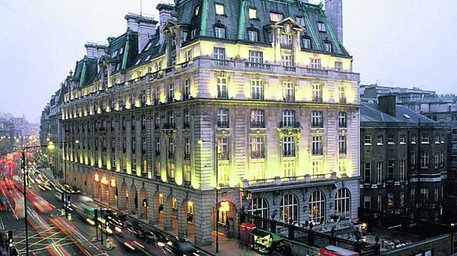 Τέλος εποχής για το διάσημο ξενοδοχείο Ritz του Λονδίνου - Πουλήθηκε σε επενδυτή