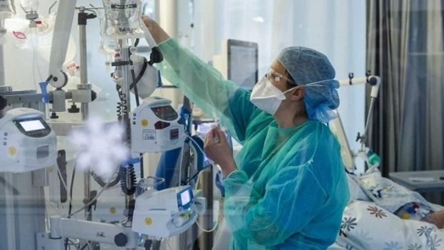 """Σήμερα το """"δώρο Πάσχα"""" στους εργαζόμενους σε νοσοκομεία, ΕΟΔΥ, ΕΚΑΒ, Πολιτική Προστασία"""