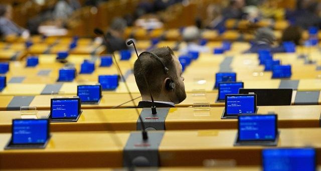 Eurogroup: Η οπισθοχώρηση της Ολλανδίας - Γεφυρώθηκε το χάσμα Βορρά-Νότου