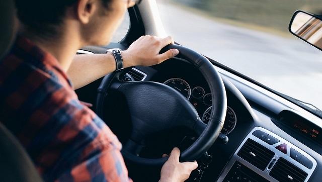 Δίπλωμα οδήγησης: Πότε ξεκινούν οι θεωρητικές εξετάσεις και πότε οι πρακτικές
