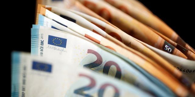 Το χρονιοδιάγραμμα των αιτήσεων για τα επιδόματα 800 και 534 ευρώ