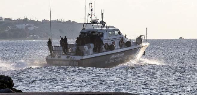 Αγωνία για ψαράδες που αγνοούνταν: Επιχείρηση διάσωσης του λιμενικού