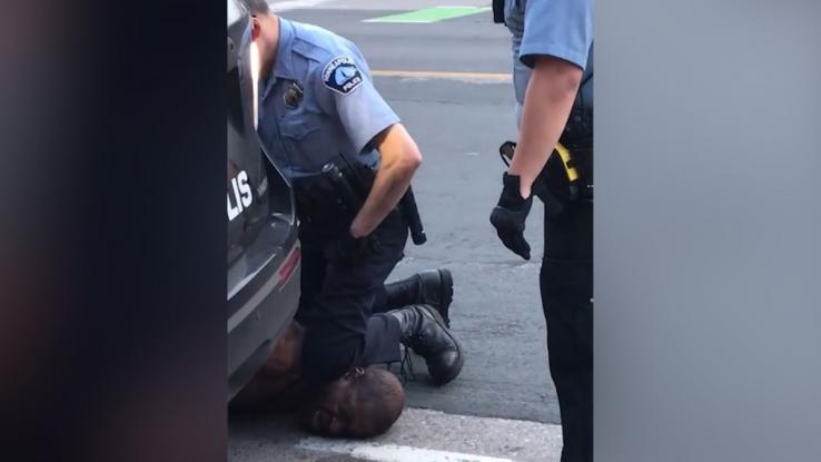 Τζορτζ Φλόιντ : Θανατική ποινή για τους αστυνομικούς ζητά ο αδερφός του νεκρού Αφροαμερικανού