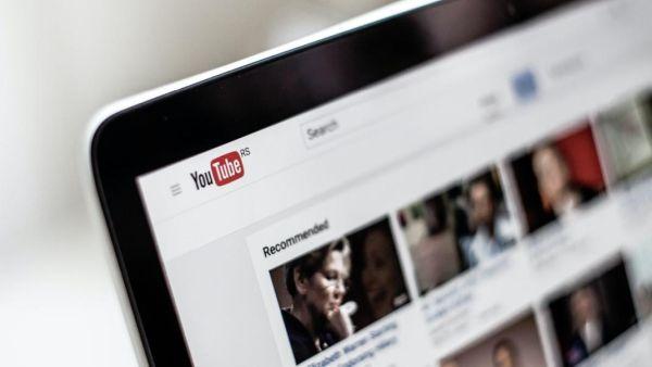 Με αυτό το κόλπο θα αφαιρέσεις τις διαφημίσεις από το YouTube