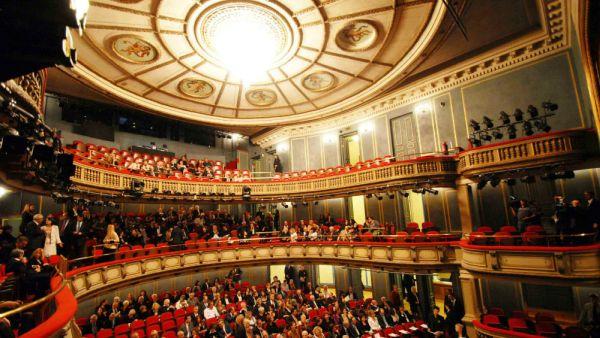 Οn line παραγωγές από το Εθνικό Θέατρο